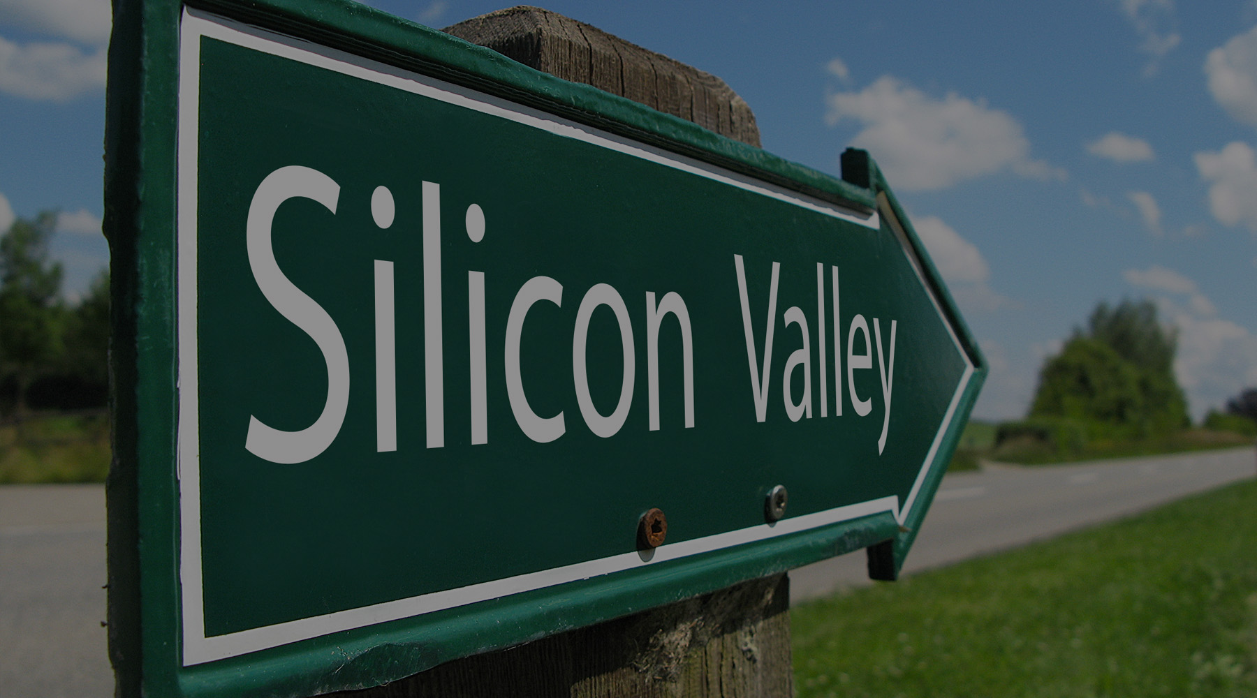 Green Silicon Valley road sign - BlueVine Ventures is headquarted in Silicon Valley